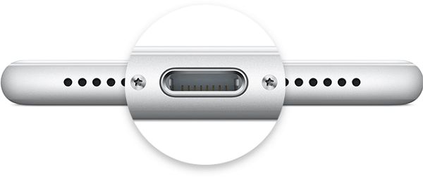 iPhone 充電孔清潔